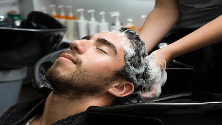 Photo of Men's hair resolution tips with a read to accurate health testing