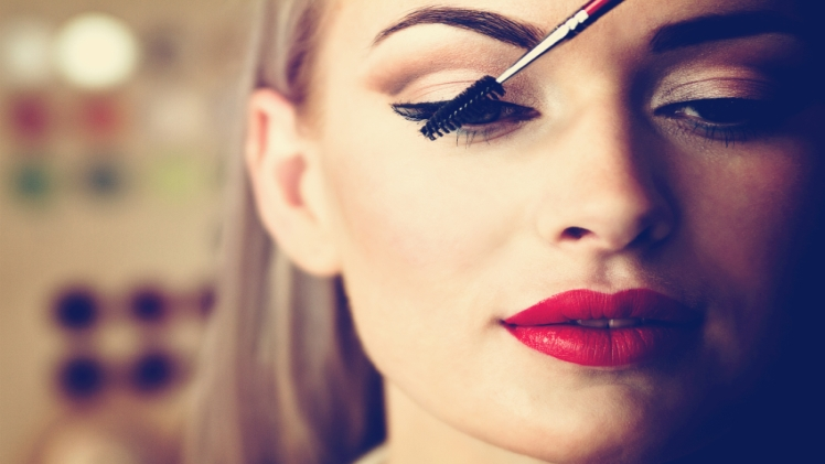 Photo of 7 Tips for Eye Makeup Safety
