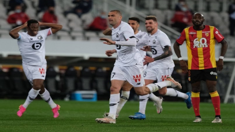 Photo of Ligue 1: Poised for One?
